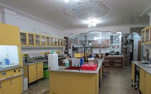 خصوصیات فزیکی و شیمیای در آزمایشگاه
